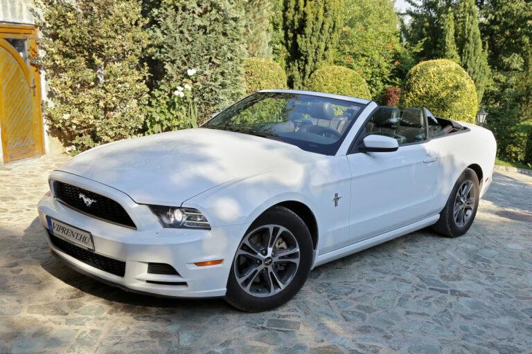 Mustang convertible bérlés budapest